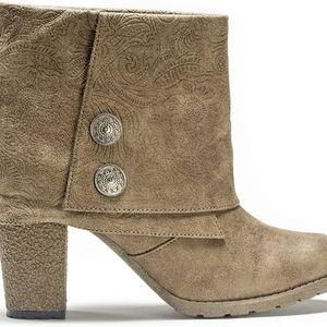 Like New Mukluk Ankle Boots with Embossing!